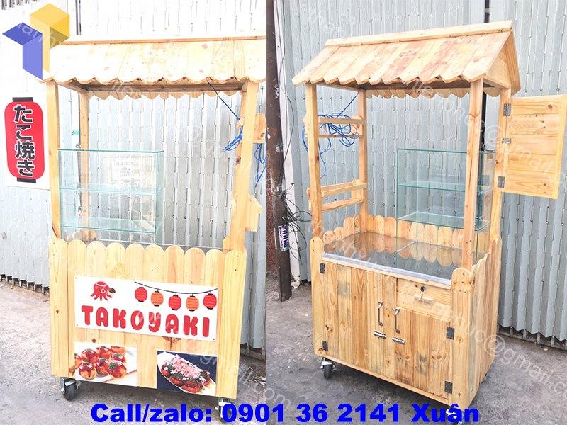 Xe gỗ bán bánh bạch tuộc