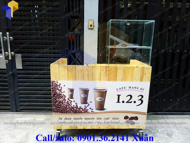 xe gỗ bán cà phê mang đi tiện dụng