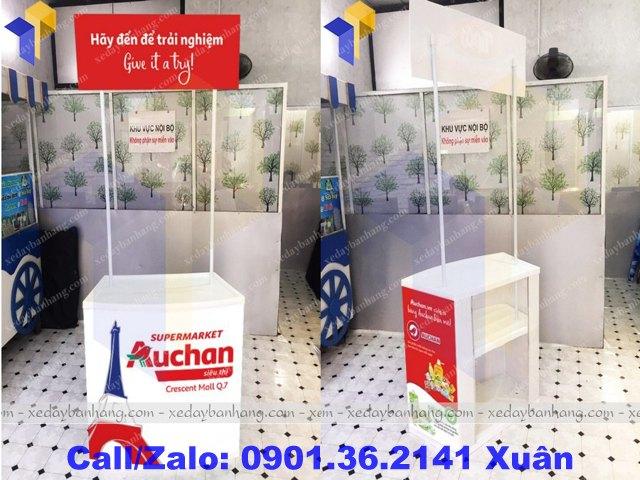 booth sampling nhựa lưu động